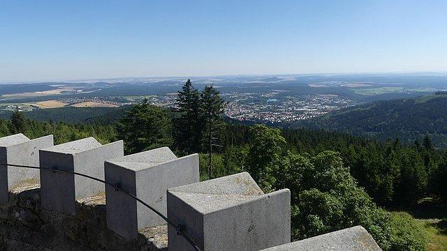 Blick auf Ilmenau vom Kickelhahnturm
