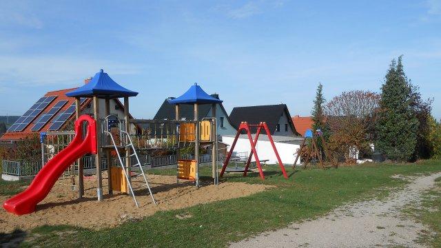 Gräfinau-Angstedt - Spielplatz Am Birkholz
