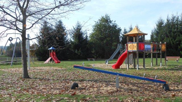 Gräfinau-Angstedt - Spielplatz Hinter den Gärten