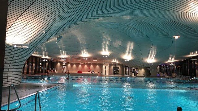 Schwimmhalle Innen