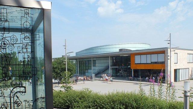 Campus der TU Ilmenau mit Humboldtbau
