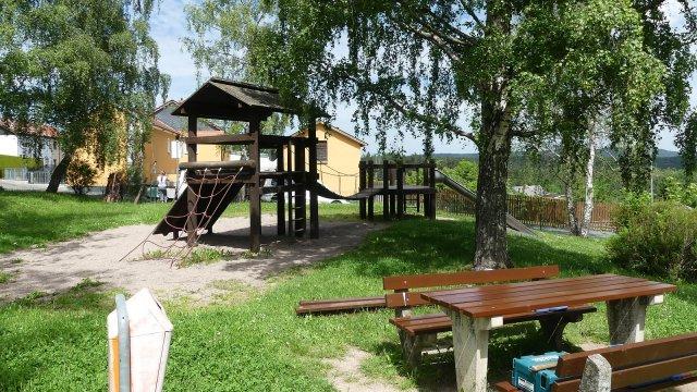 Unterpörlitz - Spielplatz Siedlung