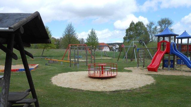 Wümbach - Spielplatz Ilmenauer Fußweg