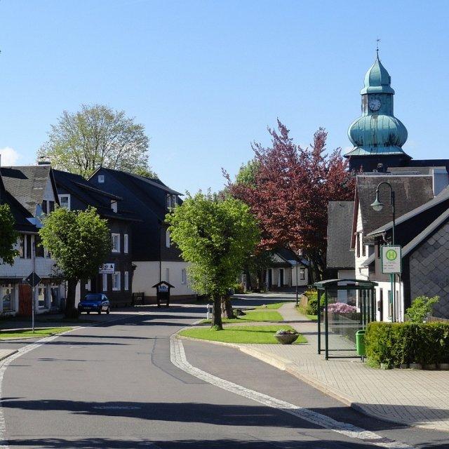 Frauenwald - Ort mit Kirche
