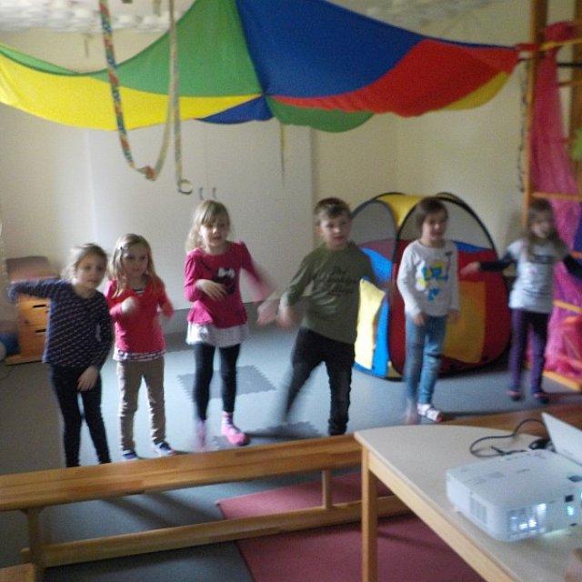Kindergarten Hüttengrund - Spiel und Spaß im Bewegungsraum
