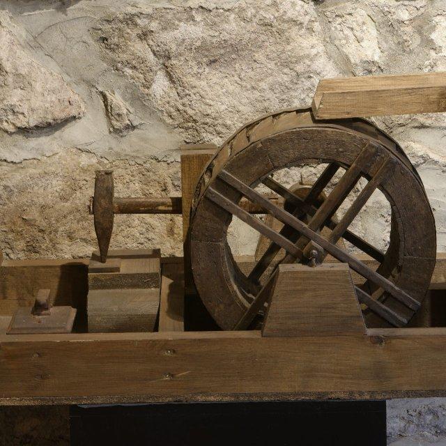 Modell eines Hammerwerkes