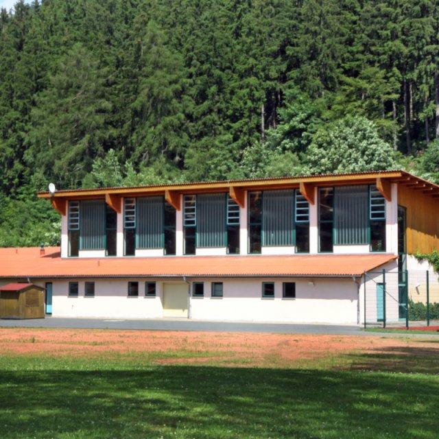 Sporthalle Manebach