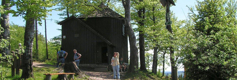 Goethehäuschen auf dem Kickelhahn im Mai