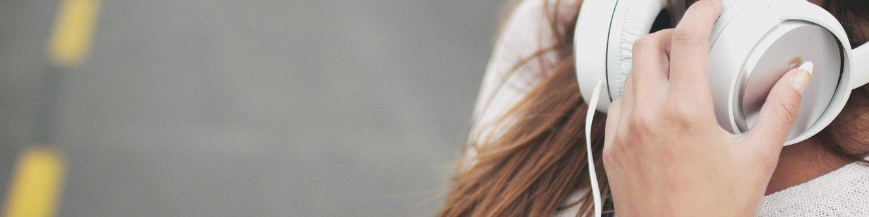 Mädchen Kopfhörer