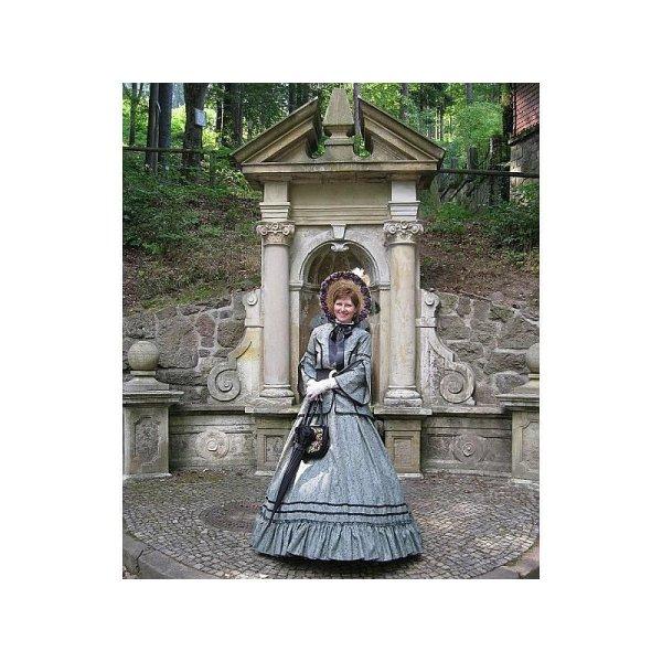 Kostümführung- Grete Siebenpfeiffer empfängt ihre Gäste