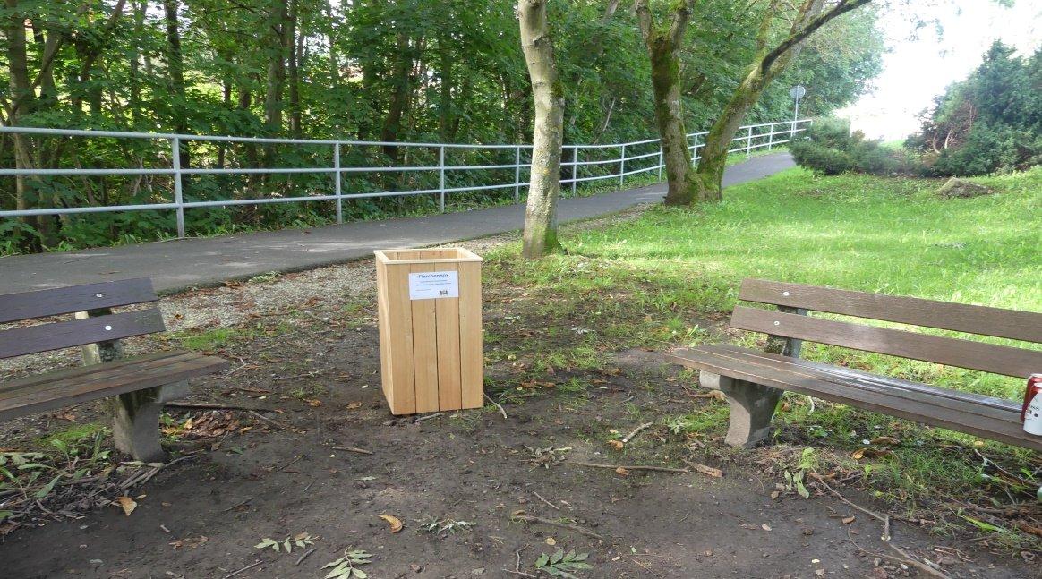 Flaschenbox am Ilmtal-Radweg