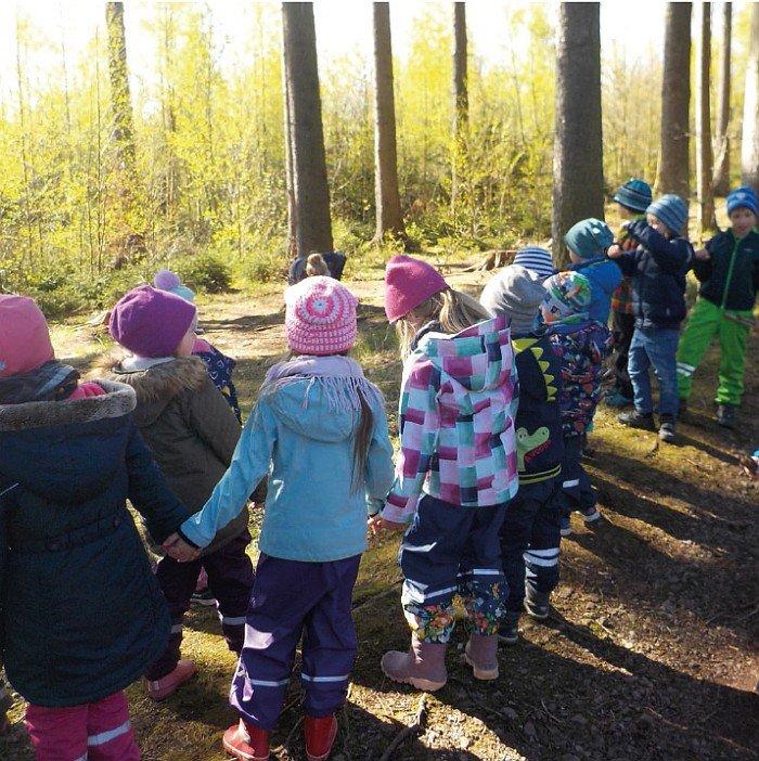 Kindergarten Hüttengrund - in der Natur